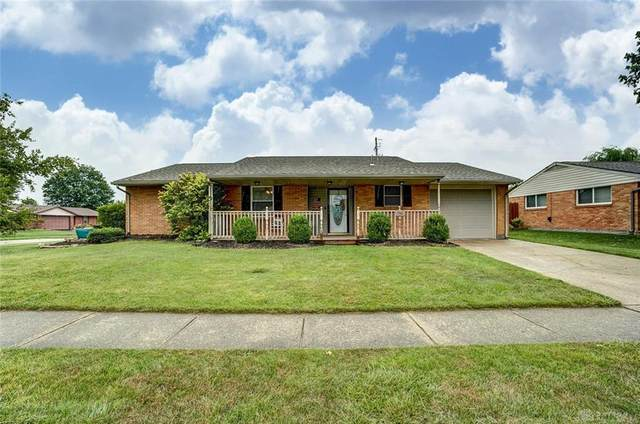 7740 Stonecrest Drive, Huber Heights, OH 45424 (#822712) :: Century 21 Thacker & Associates, Inc.