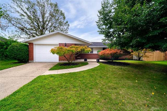 5092 Tilbury Road, Huber Heights, OH 45424 (MLS #822994) :: The Gene Group