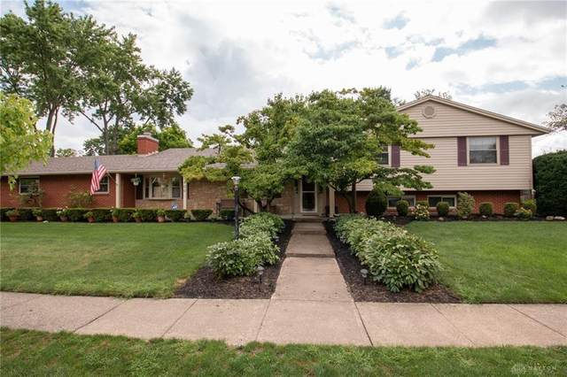 5400 Oakvista Place, Kettering, OH 45440 (MLS #823041) :: The Gene Group