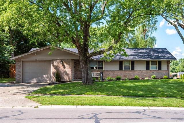 6759 Harshmanville Road, Huber Heights, OH 45424 (MLS #823059) :: The Gene Group