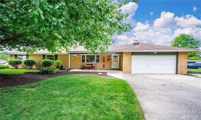 2171 Clearview Drive, Bellbrook, OH 45305 (#823185) :: Century 21 Thacker & Associates, Inc.