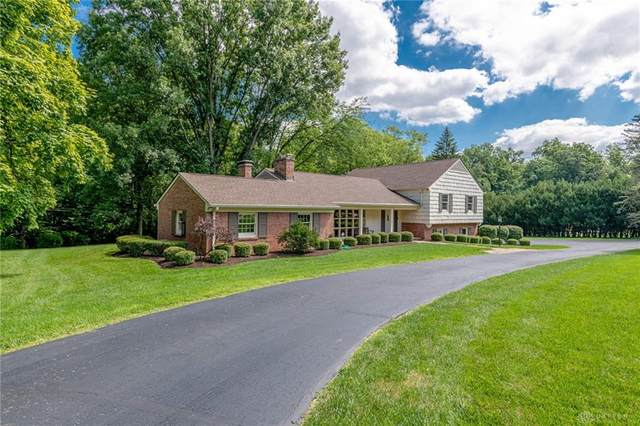 3800 Stoneyridge Drive, Kettering, OH 45429 (MLS #823281) :: Denise Swick and Company