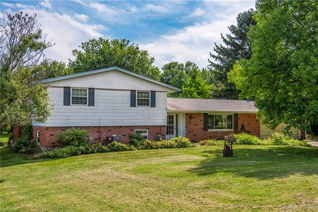 3393 Crist Road, Springfield, OH 45502 (MLS #823320) :: The Gene Group