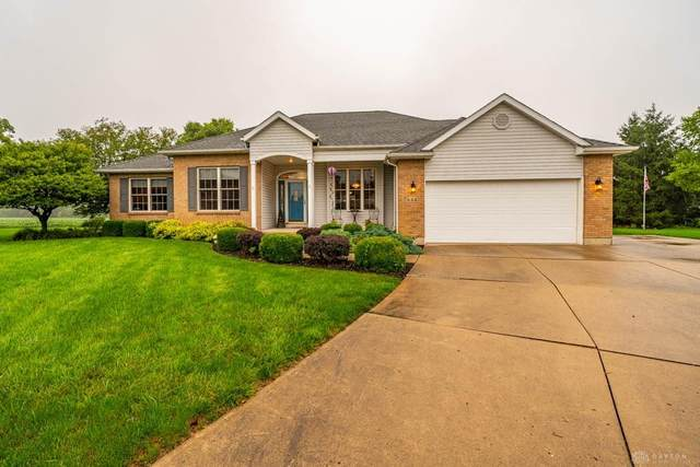 533 Brookmeade Court, Troy, OH 45373 (MLS #823325) :: The Gene Group