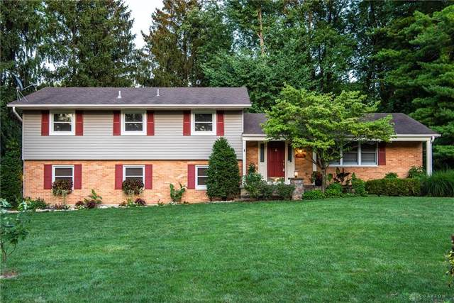5500 Red Coach Road, Dayton, OH 45429 (MLS #823387) :: Denise Swick and Company