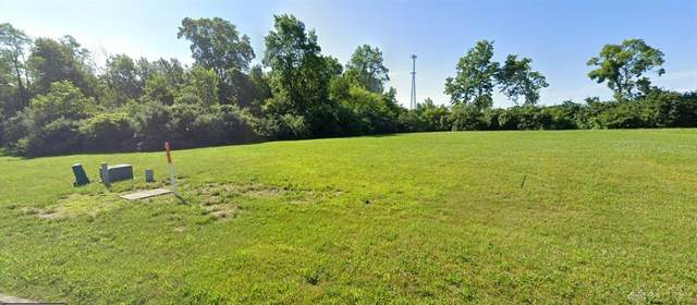 80 Harbert Drive, Beavercreek Township, OH 45440 (MLS #823545) :: The Gene Group