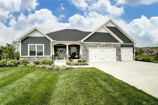 1040 Barrington Drive, Troy, OH 45373 (MLS #823593) :: Denise Swick and Company