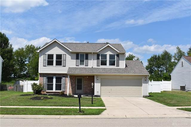 2944 W Barnhill Place, Xenia, OH 45385 (MLS #823674) :: Denise Swick and Company