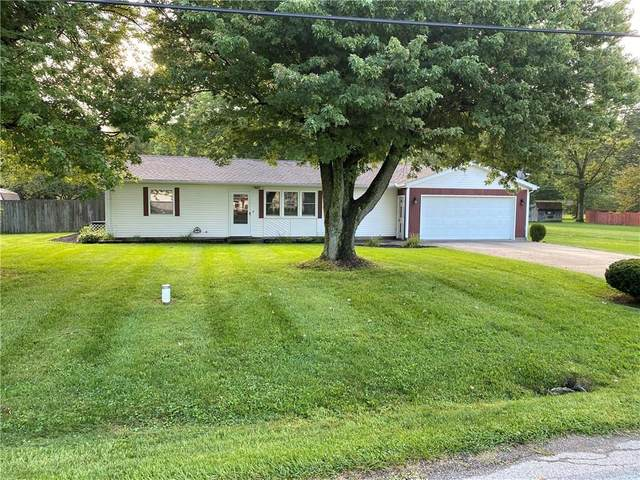 100 Tillie Lane, New Carlisle, OH 45344 (MLS #823830) :: The Westheimer Group