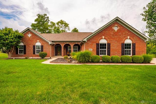 6961 Breckenwood Drive, Huber Heights, OH 45424 (MLS #824089) :: The Westheimer Group