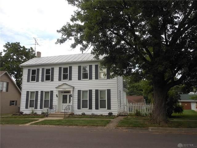 212 Chestnut Street, Lewisburg, OH 45338 (MLS #824754) :: Denise Swick and Company