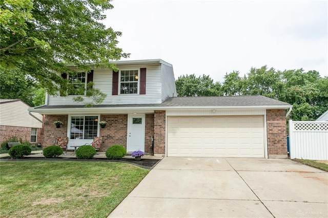 7937 Rustic Woods Drive, Dayton, OH 45424 (MLS #824947) :: The Westheimer Group