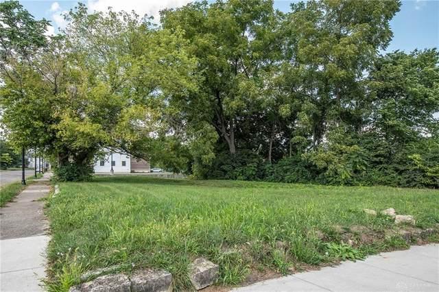 335 S Center Street, Springfield, OH 45506 (MLS #825697) :: The Gene Group