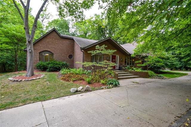 1201 Runnymede Road, Oakwood, OH 45419 (MLS #825716) :: The Westheimer Group