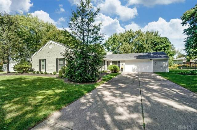 1001 Quail Run Drive, Centerville, OH 45458 (MLS #825724) :: Denise Swick and Company
