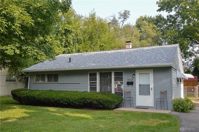 3217 August Avenue, Middletown, OH 45044 (MLS #826177) :: The Gene Group