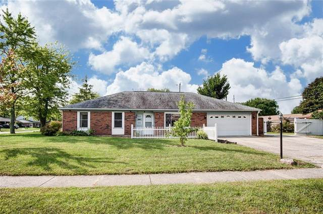 230 Lake Forest Drive, West Carrollton, OH 45449 (MLS #826255) :: The Westheimer Group