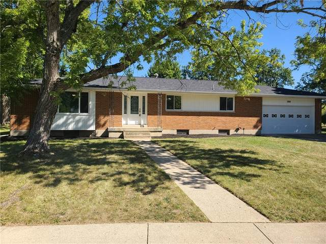 208 E Eppington Drive, Trotwood, OH 45426 (MLS #826358) :: The Gene Group