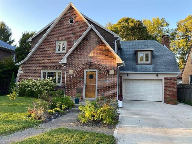 218 Dover Road, Springfield, OH 45504 (MLS #826686) :: The Gene Group