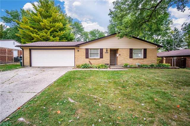 2088 S Lakeman Drive, Bellbrook, OH 45305 (MLS #826917) :: The Westheimer Group