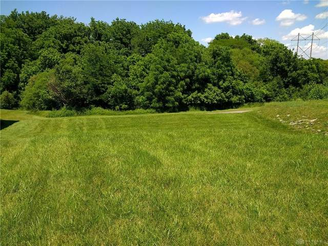 Lot 14 Governors Club Drive, Beavercreek Township, OH 45385 (MLS #827179) :: The Westheimer Group