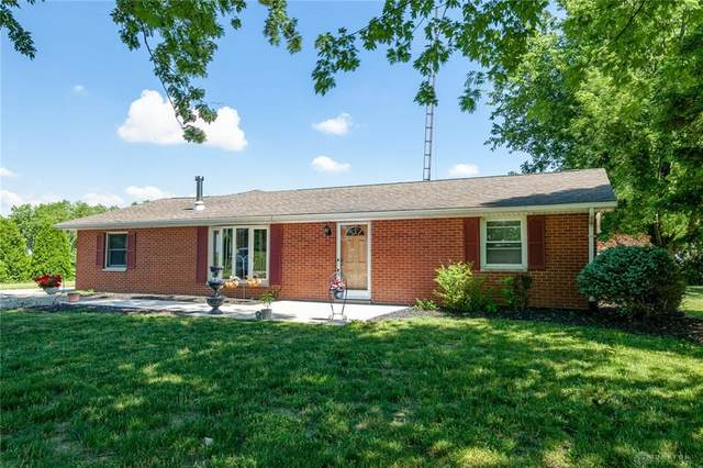 2576 Hollansburg Sampson Road, Neave Twp, OH 45346 (MLS #827183) :: The Westheimer Group