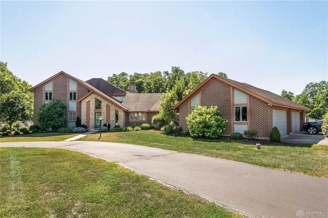 8989 Dog Leg Road, Butler Township, OH 45414 (MLS #827522) :: The Gene Group