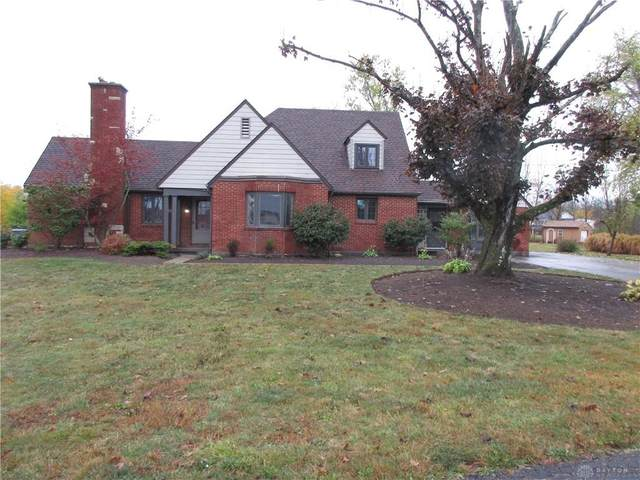 6141 Crestway Drive, Clayton, OH 45309 (MLS #827681) :: The Gene Group