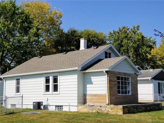 5017 Wire Drive, Dayton, OH 45414 (MLS #827893) :: The Gene Group