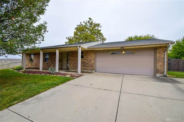 5585 Clagston Court, Huber Heights, OH 45424 (MLS #828036) :: The Westheimer Group