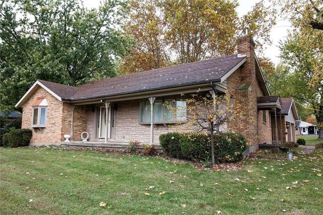 4138 Mapleview Drive, Beavercreek, OH 45432 (MLS #828078) :: Denise Swick and Company