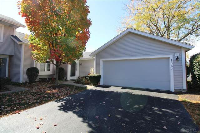 1067 Bay Harbour Circle, Washington TWP, OH 45458 (MLS #828235) :: The Westheimer Group
