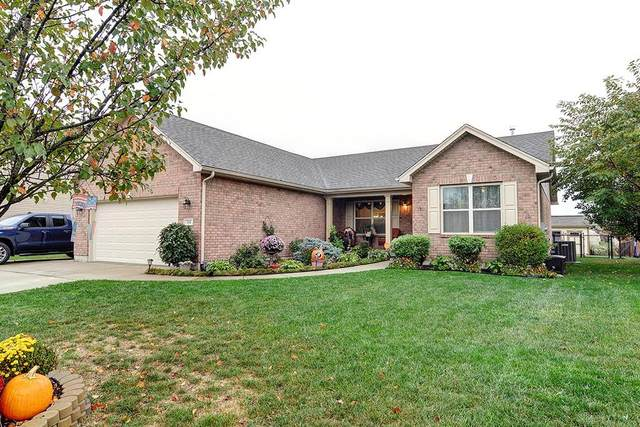 304 Deep Woods Court, Carlisle, OH 45005 (MLS #828558) :: The Westheimer Group