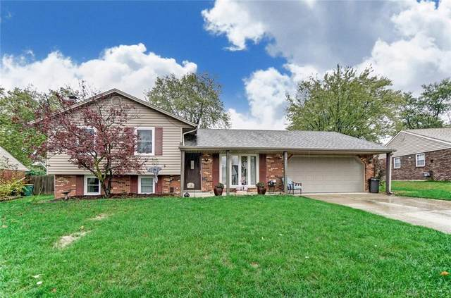 365 Teakwood Lane, Springboro, OH 45066 (MLS #829047) :: The Gene Group