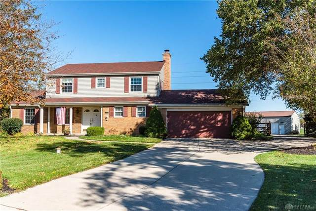 990 Todd Court, Tipp City, OH 45371 (MLS #829358) :: The Westheimer Group