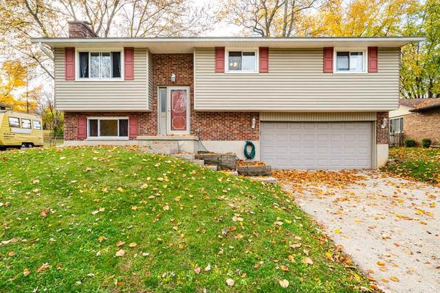 2202 King Richard Parkway, Miamisburg, OH 45342 (MLS #829914) :: The Gene Group