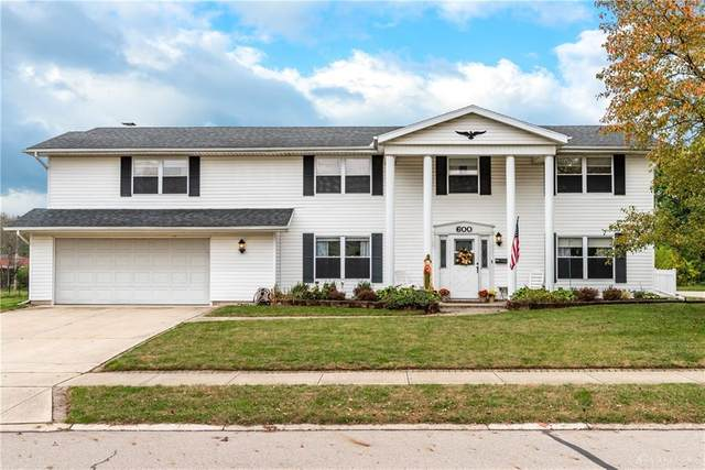 600 Warm Springs Drive, Fairborn, OH 45324 (MLS #829960) :: Denise Swick and Company
