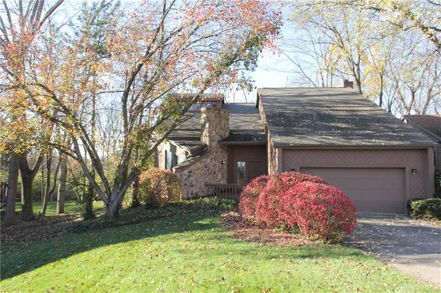 6331 Shadow Lake Trail, Centerville, OH 45459 (MLS #830189) :: The Westheimer Group