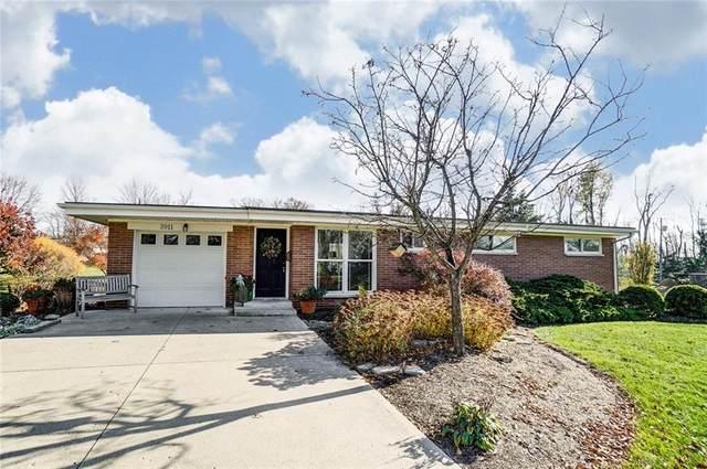 3911 Gardenview Drive, Beavercreek, OH 45431 (MLS #830212) :: The Westheimer Group