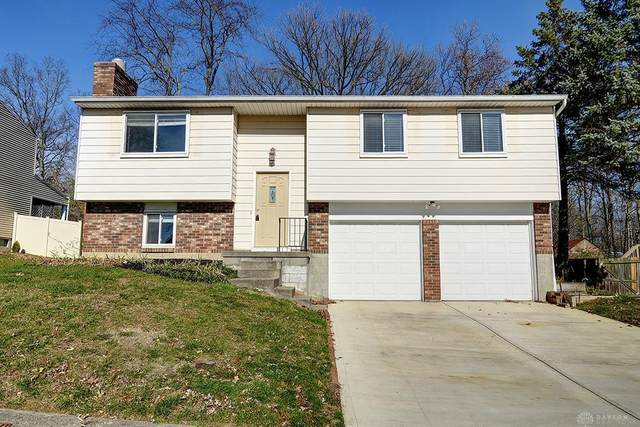 2009 Munich Avenue, Moraine, OH 45439 (MLS #830480) :: The Westheimer Group