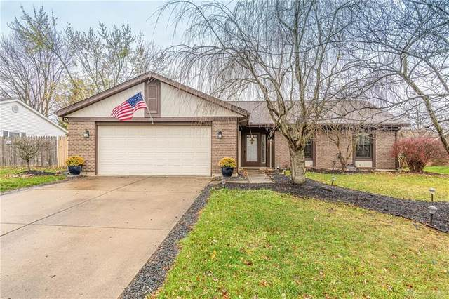 831 Southview Drive, Englewood, OH 45322 (MLS #830573) :: Denise Swick and Company