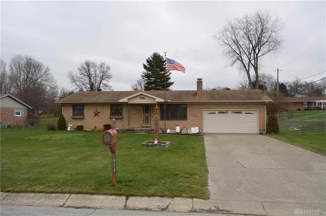 570 Tuttle Road, Springfield, OH 45503 (MLS #831179) :: Denise Swick and Company