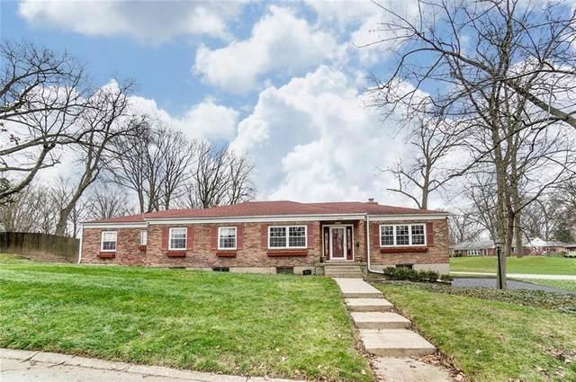 2122 Oak Knoll Drive, Springfield, OH 45504 (MLS #831623) :: Denise Swick and Company