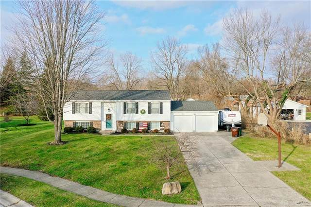 4174 Tareyton Drive, Bellbrook, OH 45305 (MLS #831691) :: The Westheimer Group