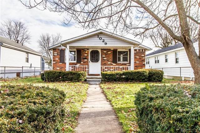 1029 Gray Avenue, Greenville Twp, OH 45331 (MLS #831808) :: Denise Swick and Company