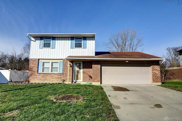 7797 Timber Hill Drive, Huber Heights, OH 45424 (MLS #832001) :: Denise Swick and Company