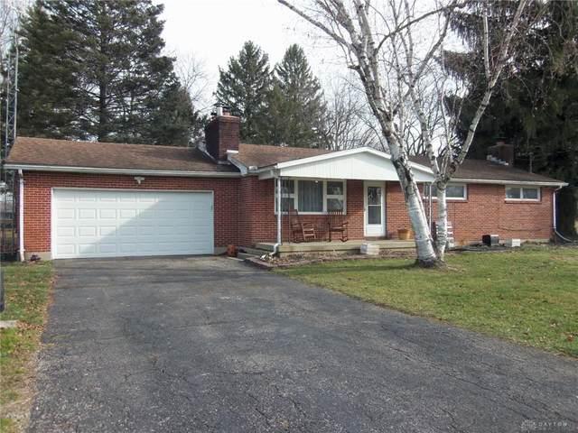 2900 Cumberland Drive, Springfield Township, OH 45506 (#832143) :: Century 21 Thacker & Associates, Inc.