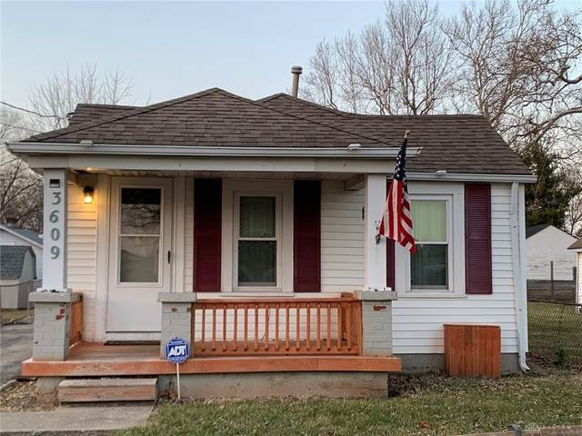 3609 Clearview Avenue, Moraine, OH 45439 (MLS #832531) :: Denise Swick and Company