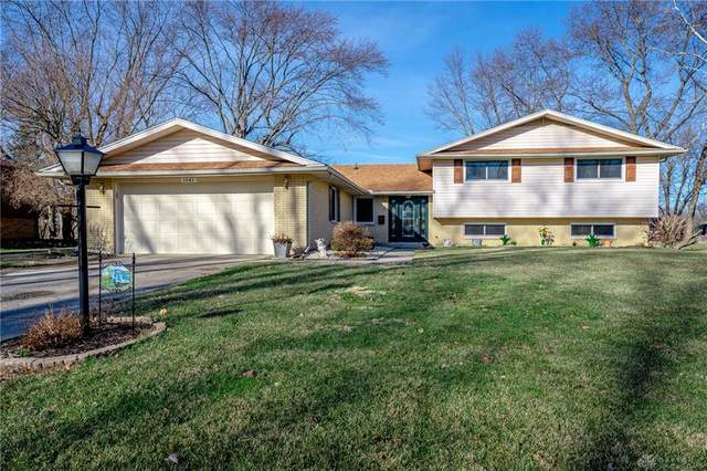 1345 Carrilon Woods Drive, Centerville, OH 45458 (MLS #832839) :: The Gene Group
