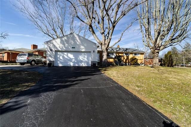 1341 Rochelle Avenue, Kettering, OH 45429 (MLS #832967) :: The Gene Group